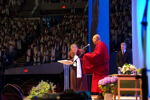 Maitripa College president Yangsi Rinpoche thanking His Holiness the Dalai Lama for participating in the Environmental Summit, Portland, Oregon, U.S., May 11, 2013. Photo by Marc Sakamoto.