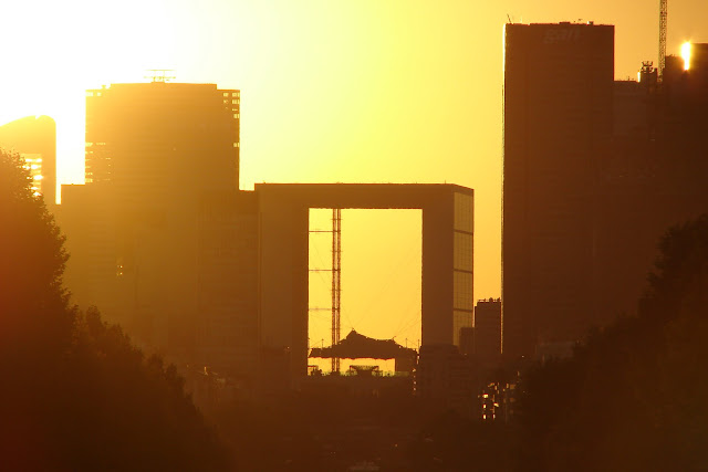 Sun Setting La Defense Paris