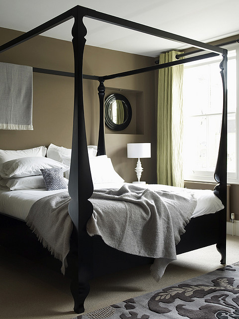 Contemporary and gorgeous four poster bed inspirations for 4 poster bedroom ideas