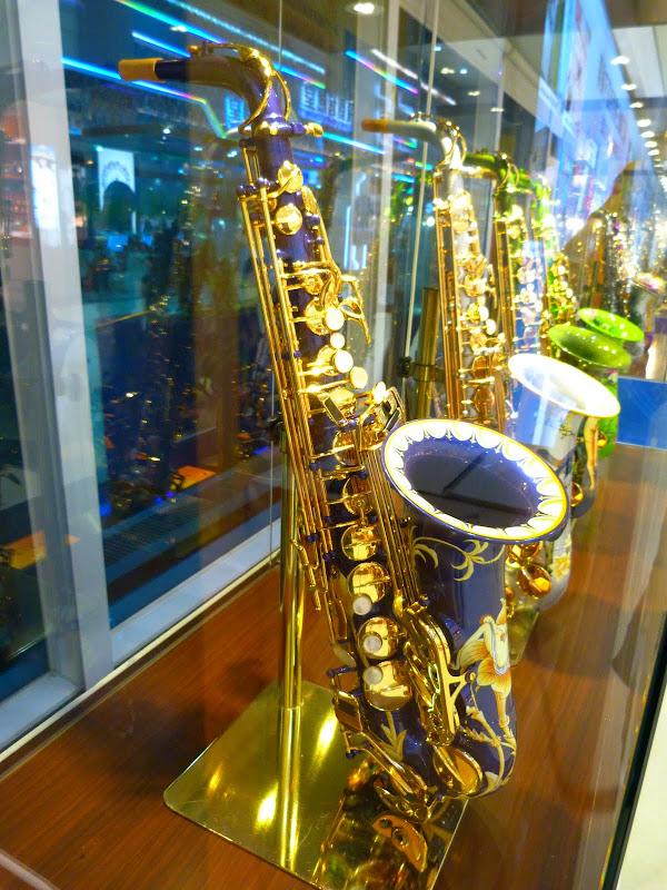 saxophone en porcelaine