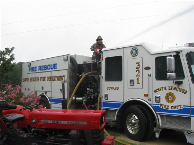 Friendfield Rd. Auto Repair Shop Fire 018.jpg