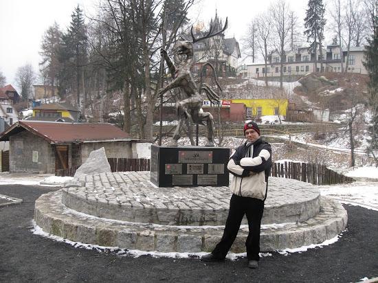 pomnik ducha gór w szklarskiej porębie