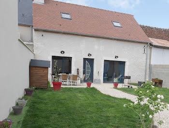 maison à Mareau-aux-Prés (45)