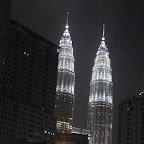 Petronas towers by night (Kuala Lumpur)