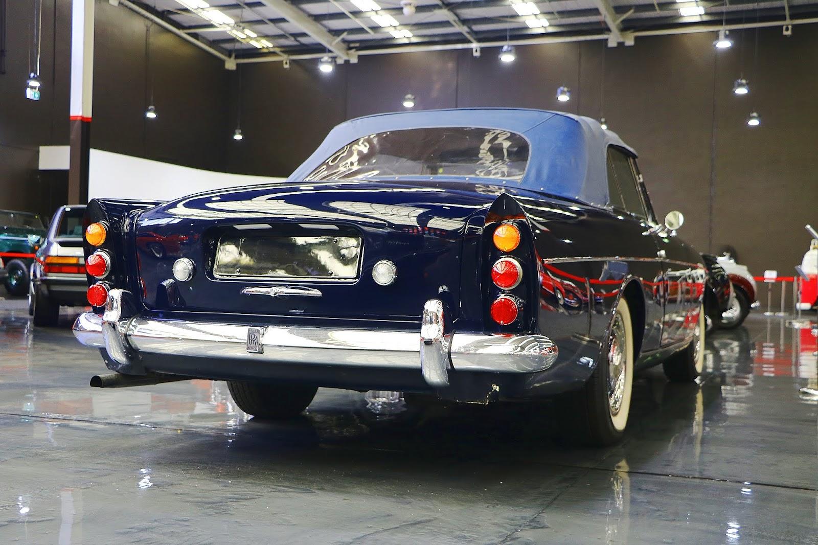 1965 Rolls Royce Silver Cloud III (03).jpg