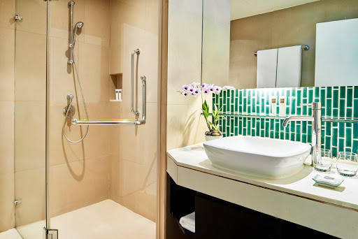 23. Bath Room.jpg