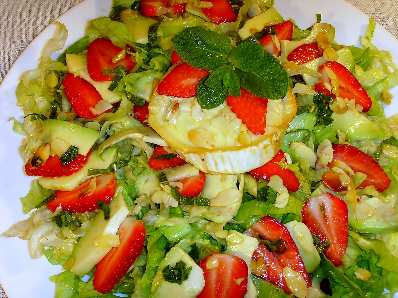 ... / Roasted French Goat Cheese Salad with Honey and Strawberries