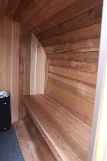 sauna inside 2