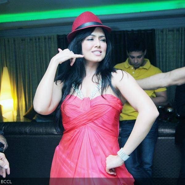 Sana Khan in her elements during her 26th birthday celebrations in Mumbai on August 21, 2013. (Pic: Viral Bhayani)