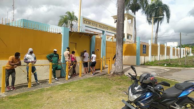 Tranquilidad reina en cárcel de Najayo, donde se esperan a imputados del Caso Coral