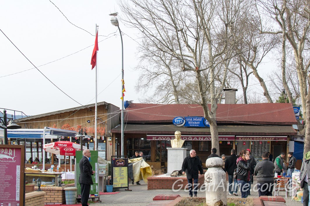 Anadolu Kavağı çarşısı