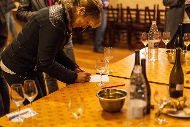 2015, dégustation comparative des chardonnay et chenin 2014. guimbelot.com - 2015-11-21%2BGuimbelot%2Bd%25C3%25A9gustation%2Bcomparatve%2Bdes%2BChardonais%2Bet%2Bdes%2BChenins%2B2014.-130.jpg