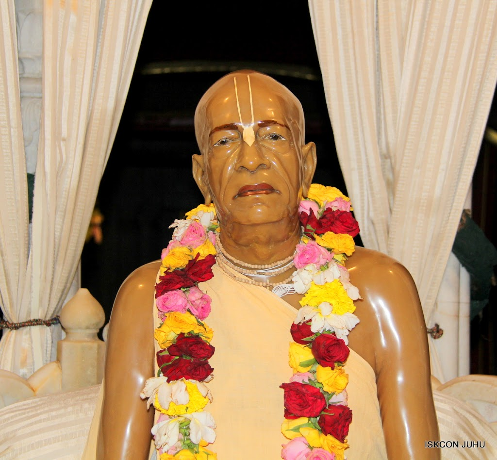 ISKCON Juhu Mangal Deity Darshan on 24th Aug 2016 (2)