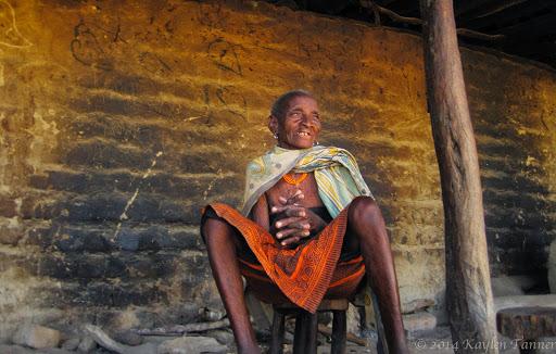 Wasi_Alagwa_Tanzania-2011-Kaylen-35photo