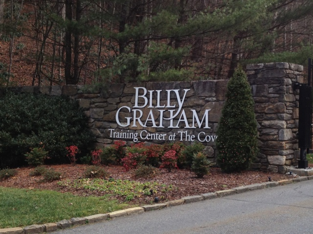 """elfin cove christian single women With a single sentence, the vice president's speech on black poverty became known as the """"murphy brown speech""""  the lily, a publication of the washington post, elevates stories about women."""
