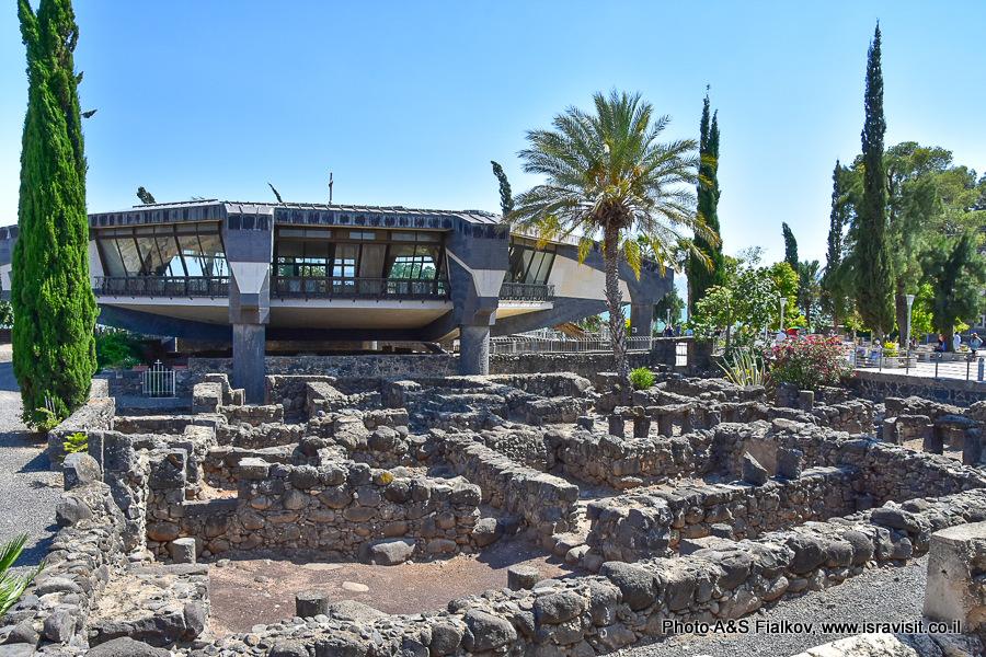 Церковь Дом Петра в Капернауме. Экскурсия гида в Израиле Светланы Фиалковой.