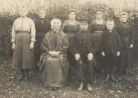 Monden-Hereijgens Familiefoto (2).jpg