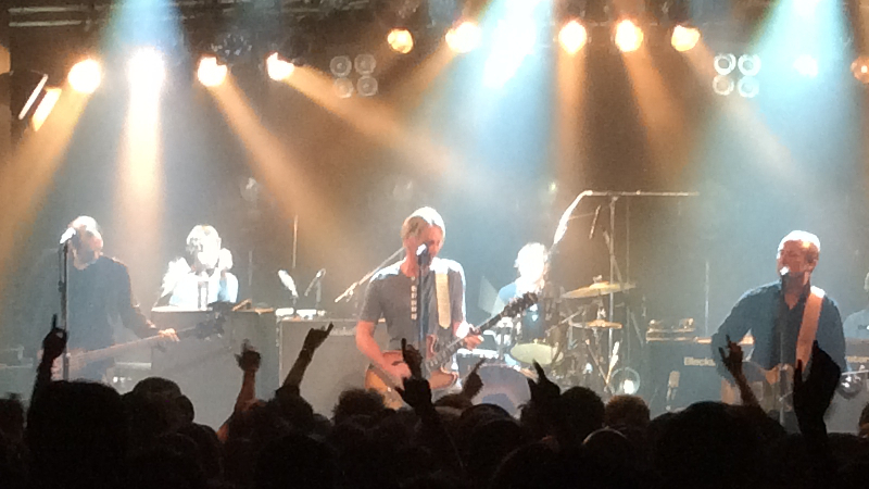 https://lh3.googleusercontent.com/-q9OBfxXG38A/ViOQ1QML-AI/AAAAAAAAm0Y/Jt5Py3yOFas/s800-Ic42/Paul-Weller-Japan-Tour-2015-Bay-Hall-Yokohama-21-Oct-17-2015.jpg