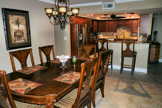 Dining Room with Breakfast Bar