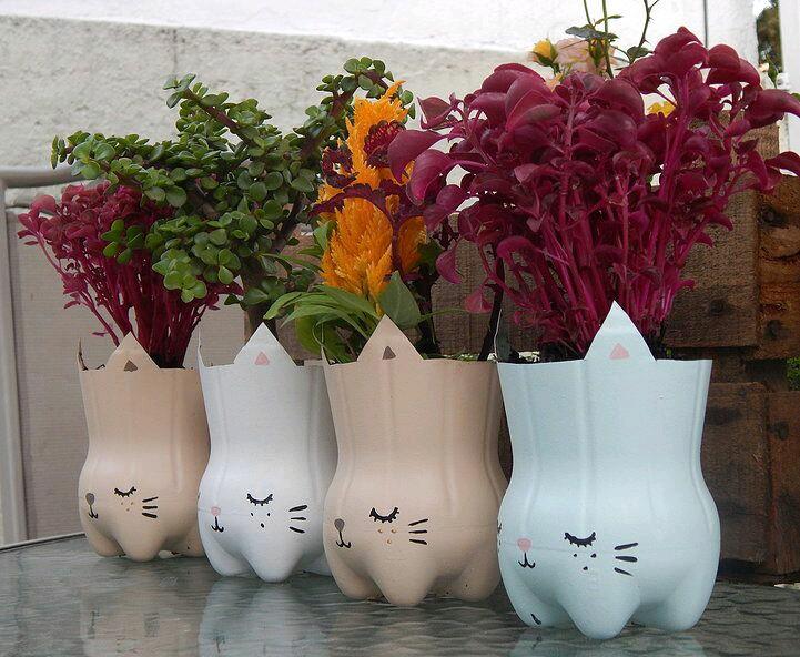 más y más manualidades: crea hermosas macetas usando botellas de