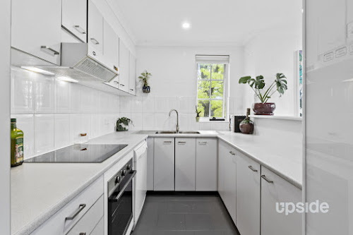 Photo of property at 9/9 Howitt Street, Kingston 2604