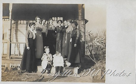 Group-of-women-AZO-postcard-Dorset-3