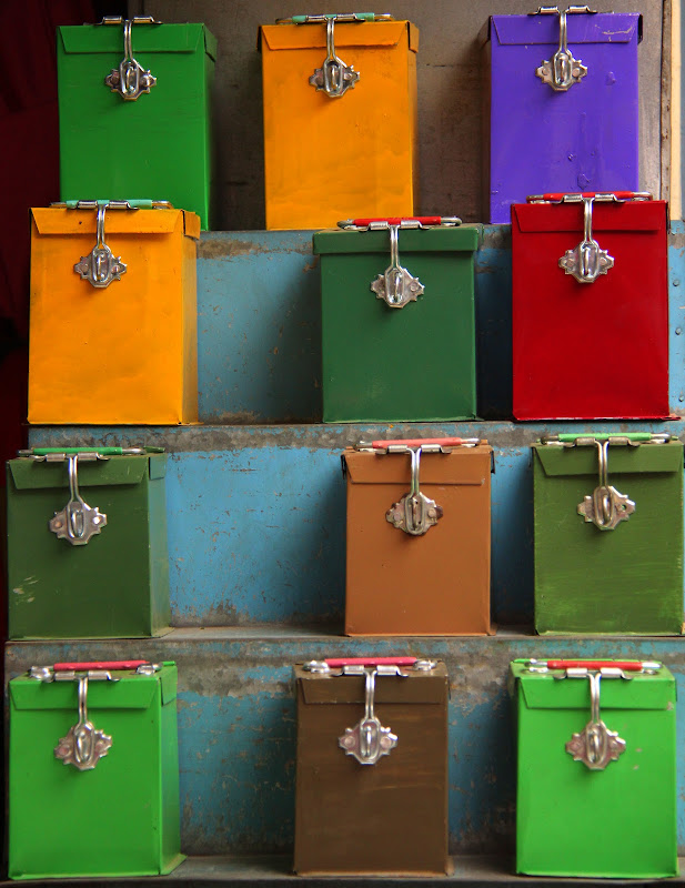 #Varanasiwalks #Varanasimarkets #Travelbloggerindia