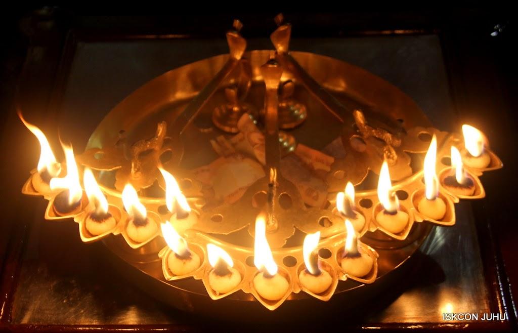 ISKCON Juhu Mangal Deity Darshan on 24th June 2016 (3)