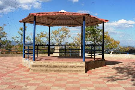 El Parque Cabañas en Sensuntepeque