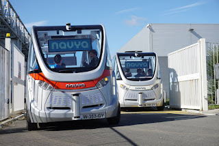 France launches world's first driverless bu