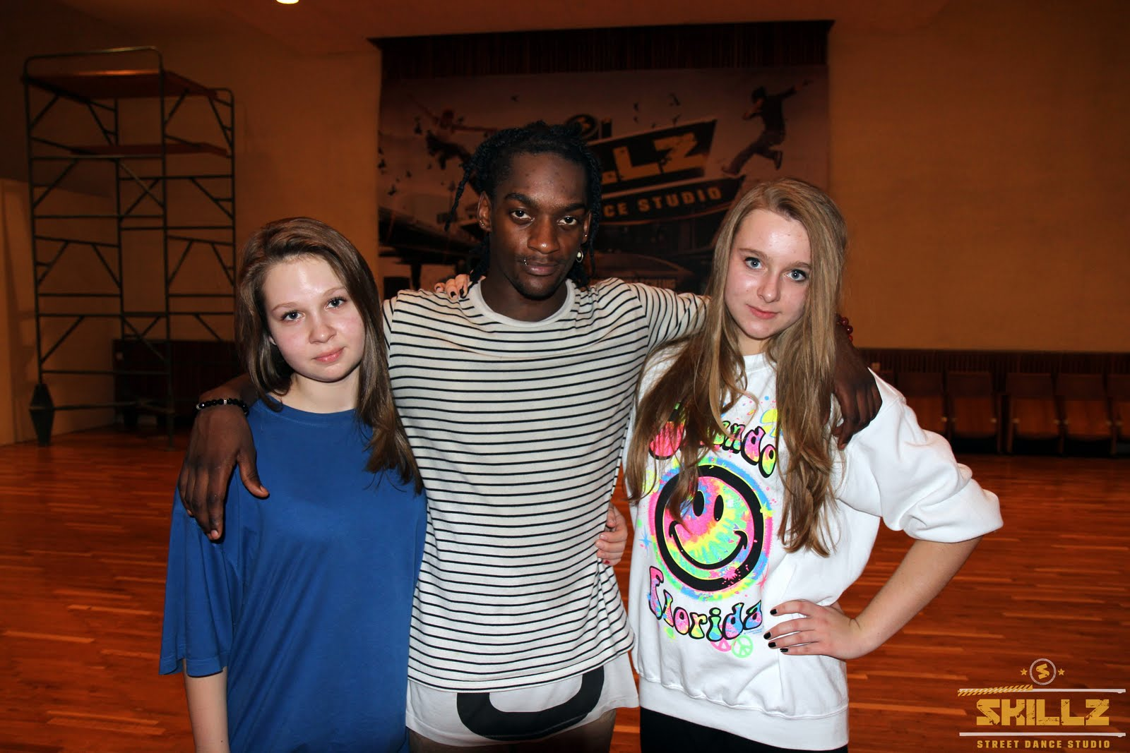 Hip- Hop workshop with Shaadow (UK) - IMG_1947.jpg