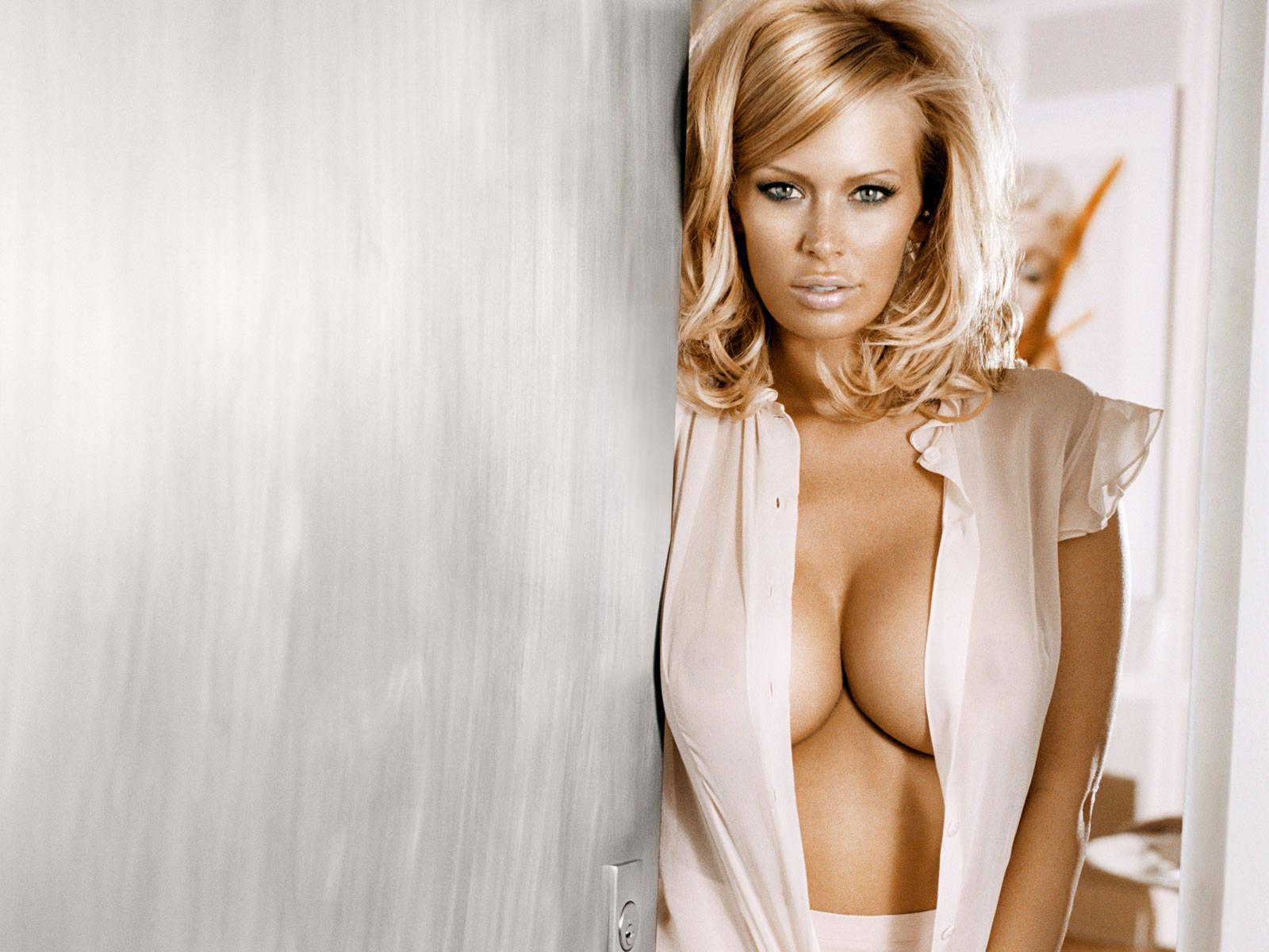 Big Tits Jenna Jameson Pornstar 2011 Download Wallpapers Res 1600 Px X 1200px