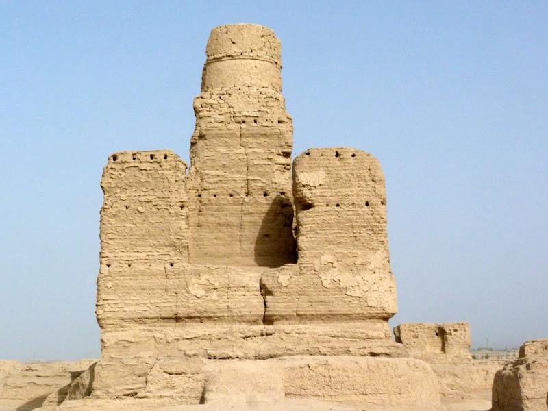 XINJIANG.  Turpan. Ancient city of Jiaohe, Flaming Mountains, Karez, Bezelik Thousand Budda caves - P1270794.JPG