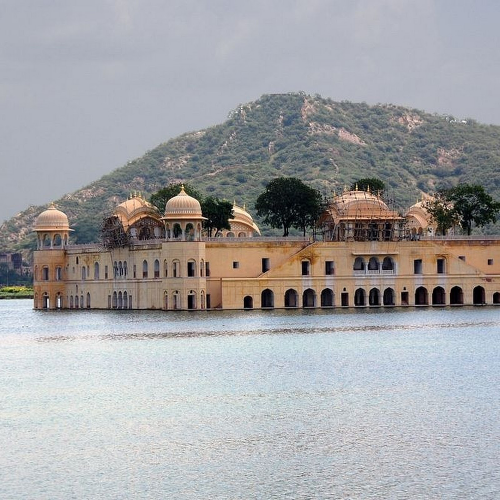 Jal Mahal: Jaipur's Submerged Water Palace