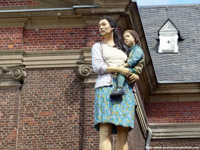 madre-hija-düsseldorf-esculturas.JPG