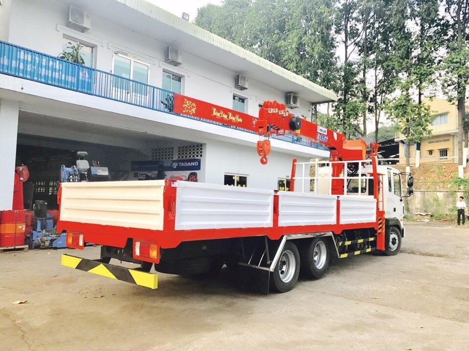 D:\HỢP DỒNG\Pictures\HYUNDAI\CẨU\hình xe cẩu hyundai\HD210\KANGLIM 6 TẤN 5 KHÚC\xe-tải-hyundai-14-tấn-hd210-gắn-cẩu-kanglim-5-tấn-6-tấn-model-ks1056 (6).jpg