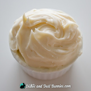 Delicious Homemade Cream Cheese Cinnamon Roll Icing.
