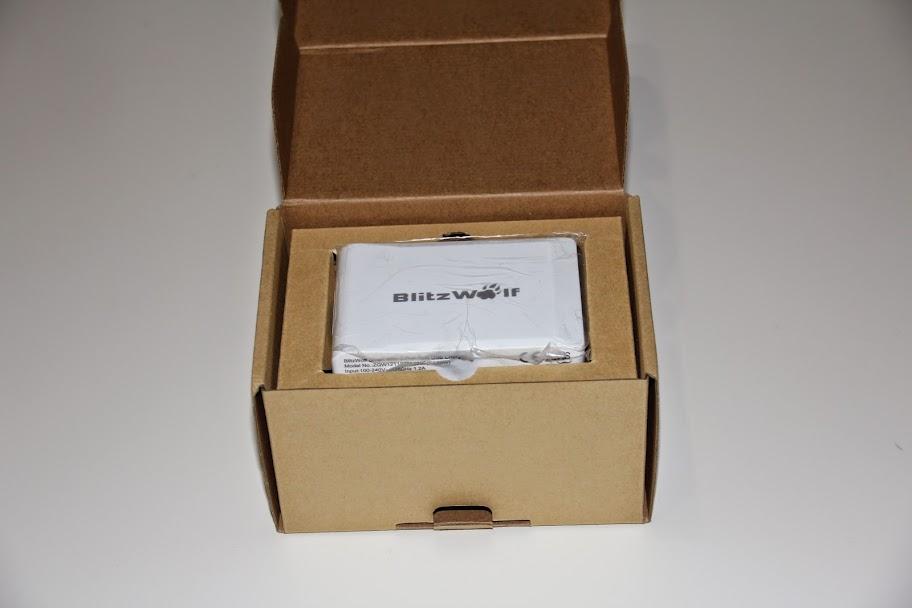 Banggood: Зарядное устройство для гаджетов - BlitzWolf™ 40W Smart 5-Port High Speed Desktop USB Charger