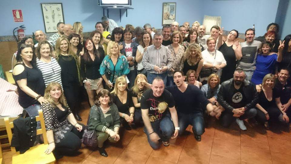 Para singles,padres con hijos, Singles de Asturias.