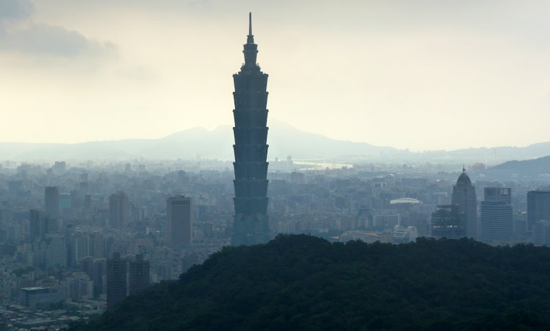 Taipei. Si Shou Shan, et la découverte des maisonnettes du professeur Y I   易教授 - P1340849.JPG