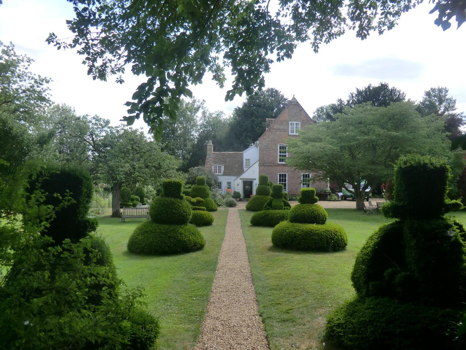 CIMG8920 The Manor Garden, Hemingford Grey