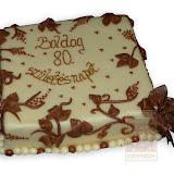 24. kép: Ünnepi torták - Levéldíszes születésnapi torta