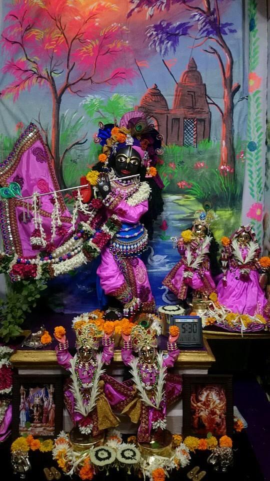 ISKCON Bhusawal Deity Darshan 13 Dec 2015 (9)