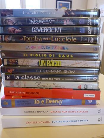 Donazione libri e dvd biblioteca Natale 2017 (6)