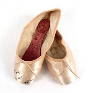 Joan Mirabella Signed Point Shoes