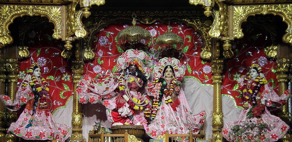 ISKCON Delhi Deity Darshan 06 Jan 2016 (18)