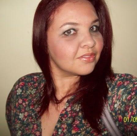 Andrea Simoes