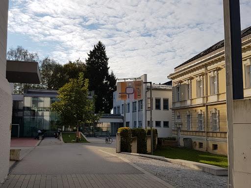 Neue Mittelschule Ottensheim, Bahnhofstraße 5, 4100 Ottensheim, Österreich, Mittelschule, state Oberösterreich
