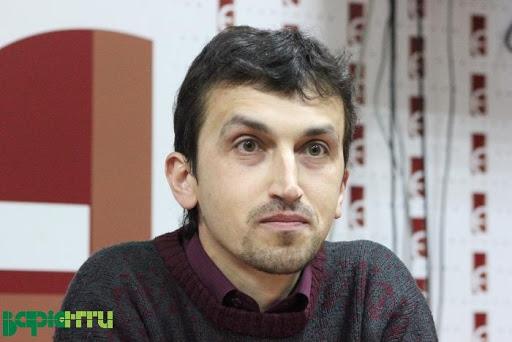 Знаному літературному критикові Ігореві Котику – 40!