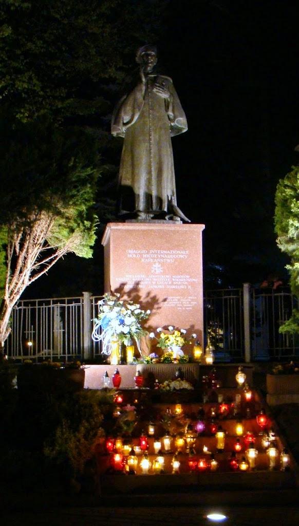 Pomnik 2014 - pomnik2.JPG